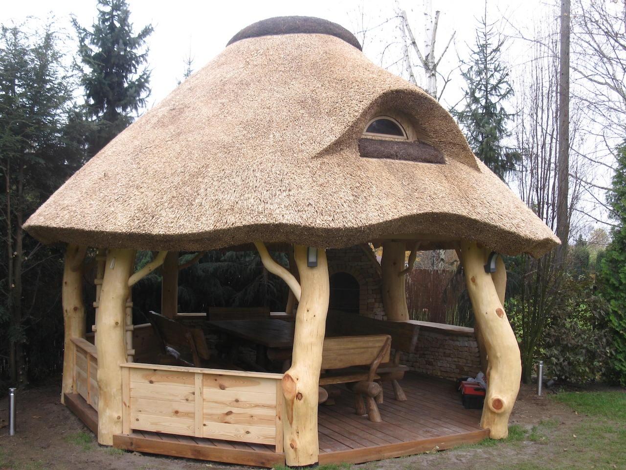 Altany Drewniane Dachy Z Trzciny